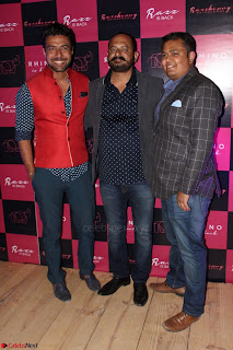 Bollywood Celebrities at Opening Launch Party Of Razzberry Rhiocers 012.JPG