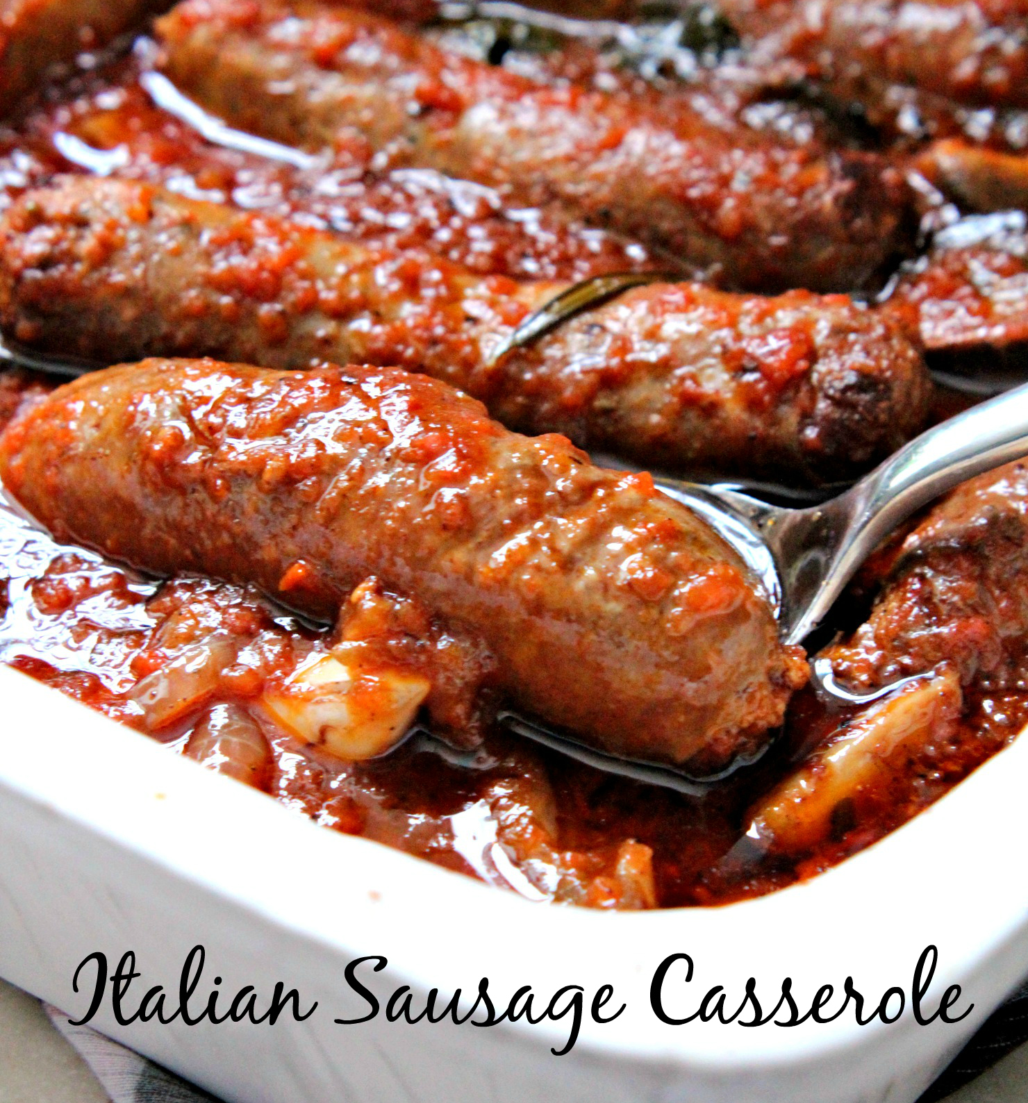 This Italian Sausage Casserole is delicious and loaded with flavors from meat, herbs and vegetables! A healthy and yummy option for those in a gluten-free and low-carb diet, too! Perfect winter comfort food.