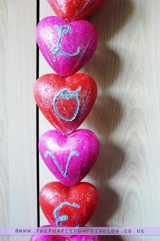 Love Heart Garland | The Purple Pumpkin Blog