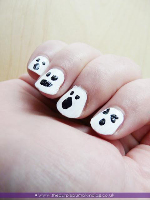 DIY Ghost #NailArt for #Halloween at The Purple Pumpkin Blog