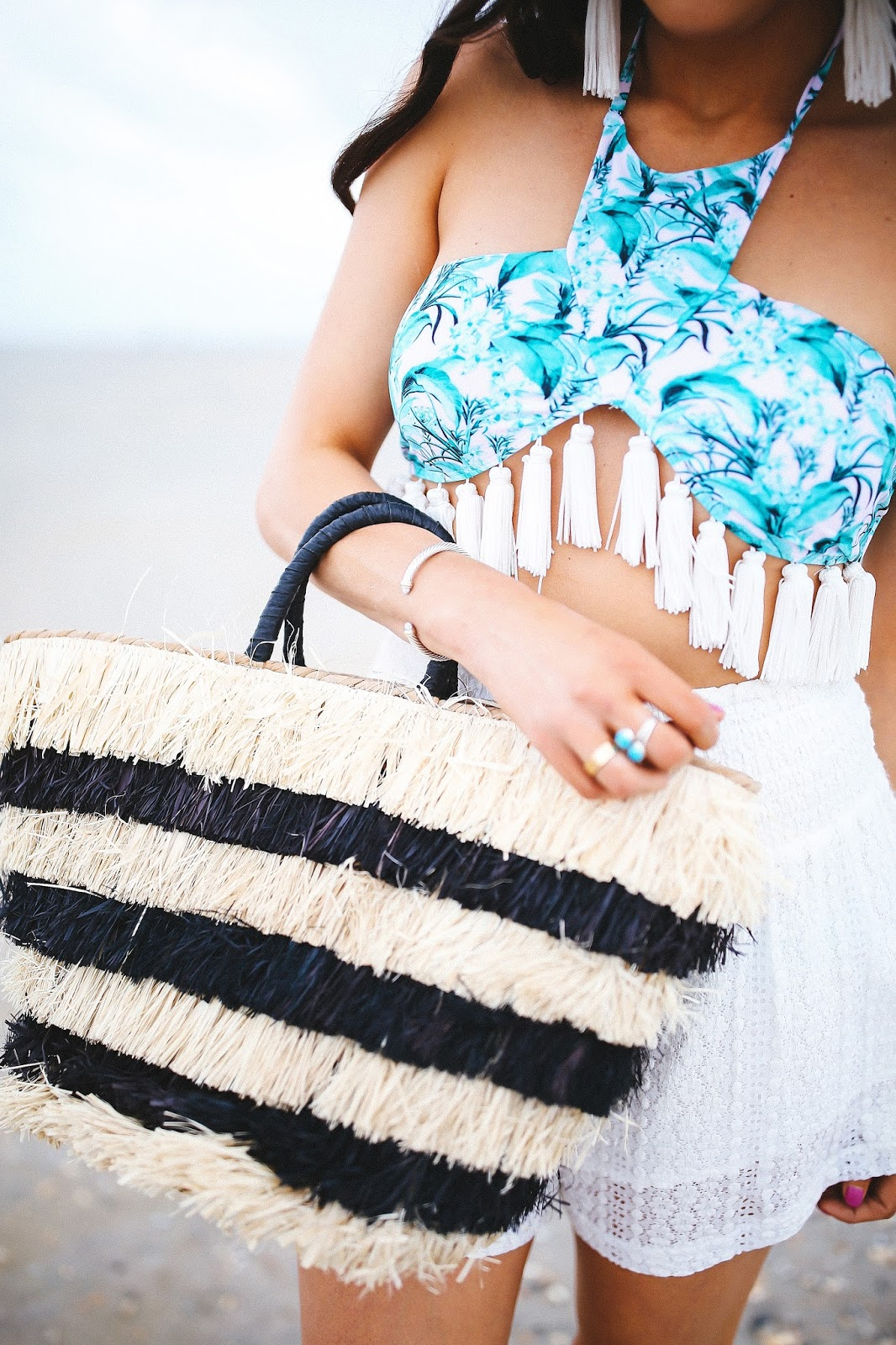 28085c3246 SWIM BOTTOMS: Beach Riot (didn't love the cut of these)   EARRINGS: Vanessa  Mooney (similar here ...