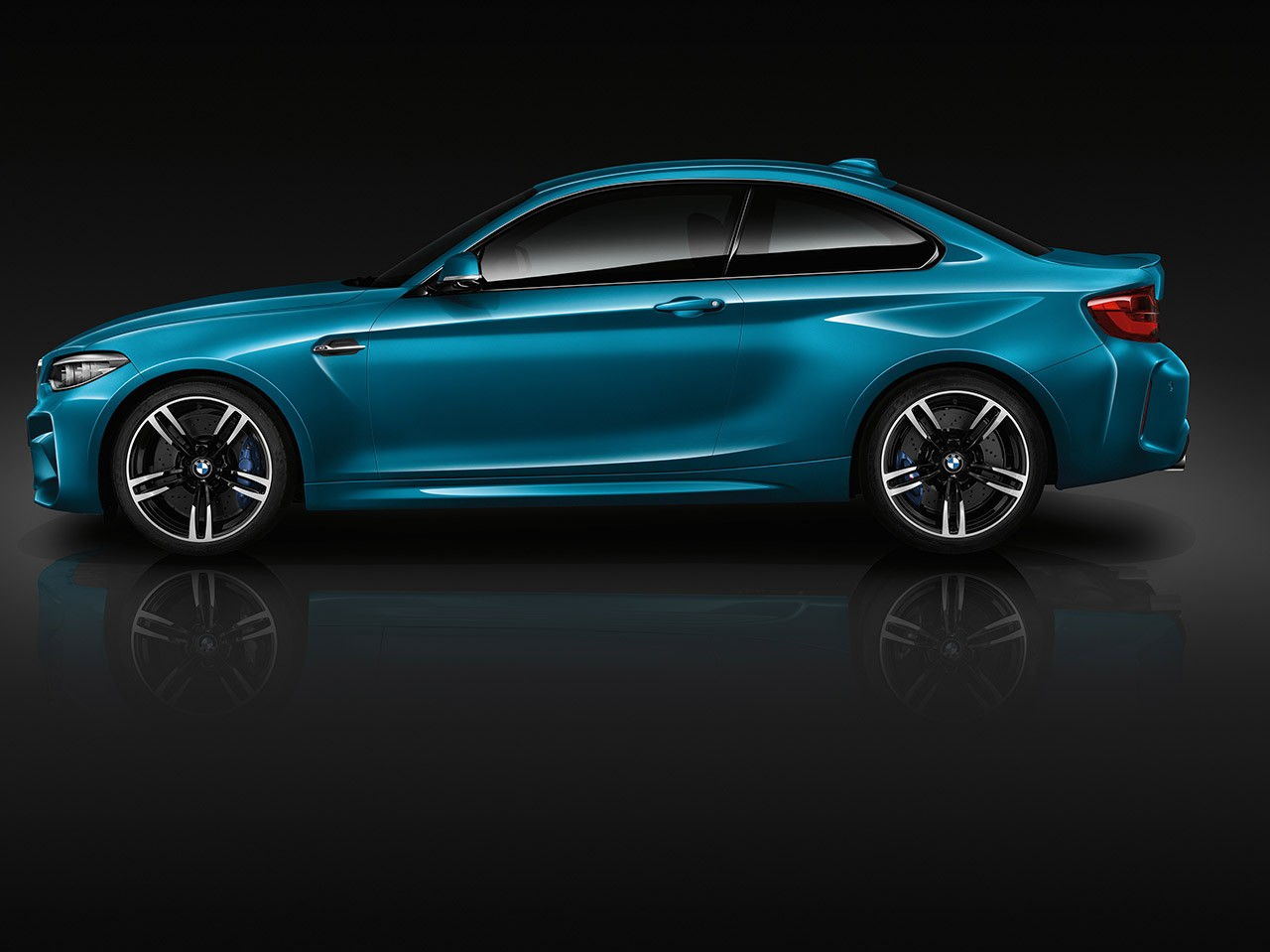 2018 BMW 2 Series side