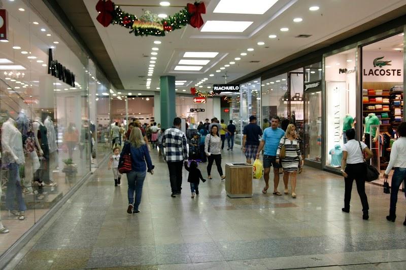 Shoppings do Rio de Janeiro promovem 'Saldão de Natal'
