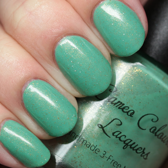 Cameo Colours Lacquers Mint Sparkle Lollipops