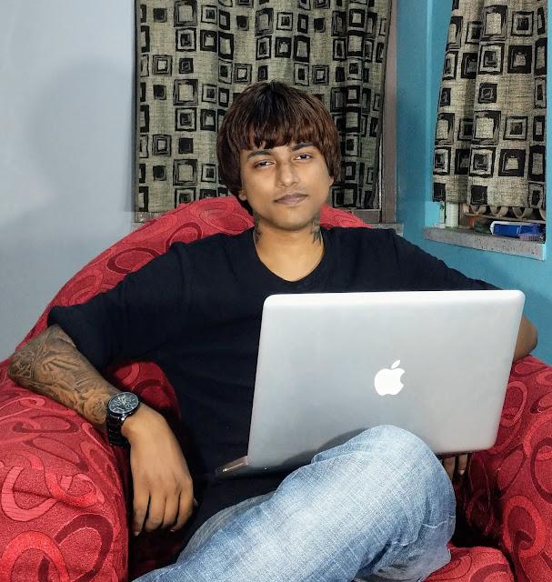 Sourajit Saha With Macbook Pro 7