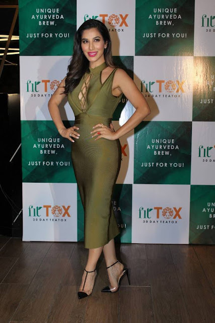 Sophie Choudry Stills At Fittox Tea Brand Launch