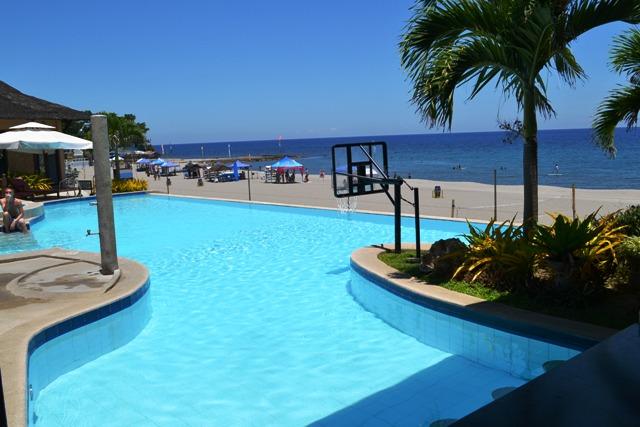 Kahuna Beach Resort Swimming Pool