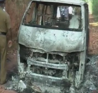 bodies of five individuals burnt inside a van found from koshenwatta in dankotuwa