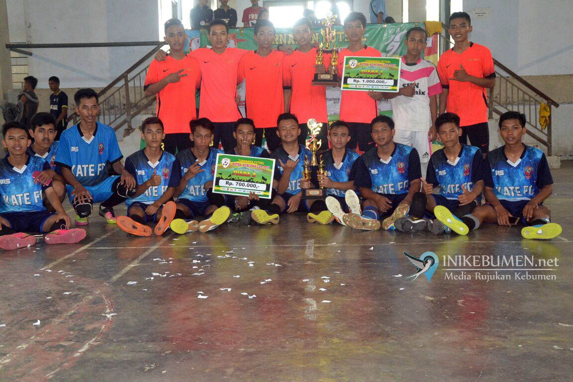 Turnamen Futsal Putra Kencana Cup 2017 SMK Maarif 1 Kebumen Diikuti 39 Peserta