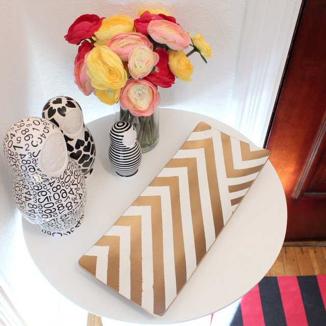 DIY gold stripe tray