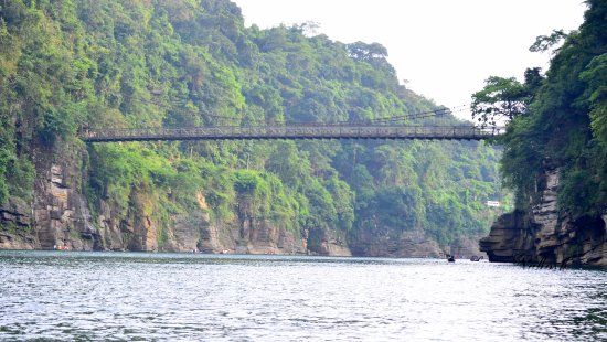 dawki,dawki bridge,living root bridge,dawki river,meghalaya,how to reach dawki,india,shillong,umngot river,dawki bridge cycling,meghalaya tourism,northeast,roadtrip,india bangladesh border,dawki india,dawki shillong,dawki lake,umngot river dawki,dawki + river + meghalaya + crystal + clear + water,dawki border meghalaya,how to go dawki,dawki trip,dawki village,dawki border,#living root bridge,dawki tourism