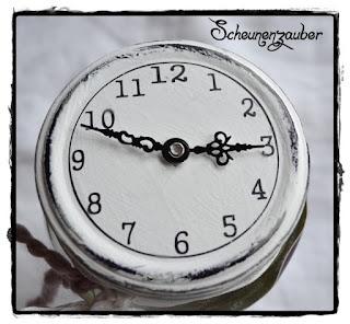 schwarze Uhrzeiger