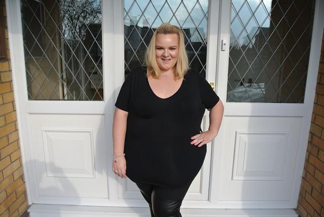 Plus Size Blogger ASOS Curve Boohooplus Chanel Thomas Sabo