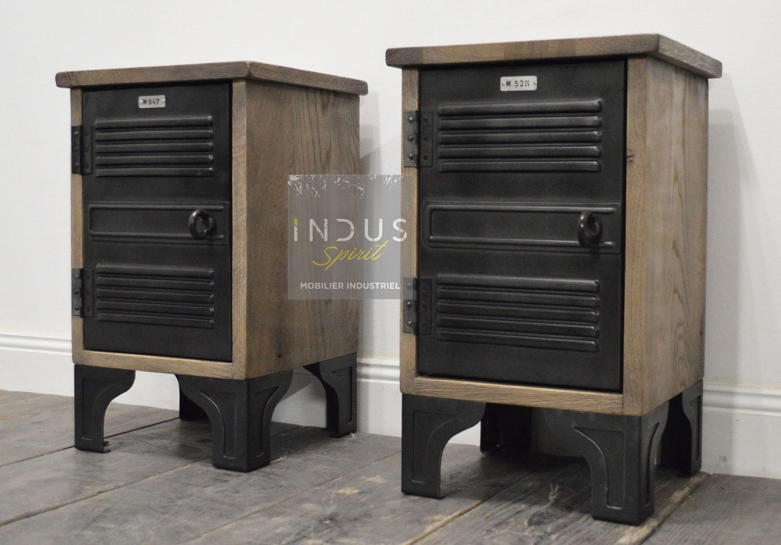 table de chevet industriel. Black Bedroom Furniture Sets. Home Design Ideas
