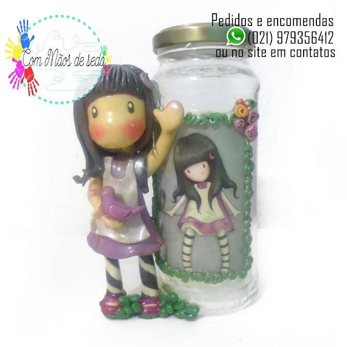 Pote de vidro decorado - Boneca Gorjuss Passarinho