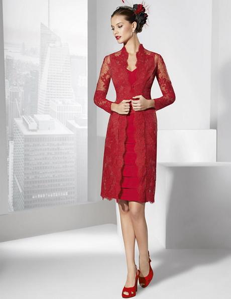 Vestido rojo con encaje