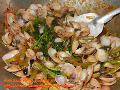 Clams with Kangkong in Chili and Black Bean Sauce - Cooking Procedure