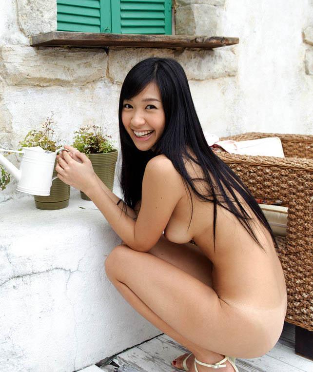 nana ogura sexy naked pics 05