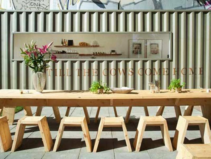 casas contenedores restaurante vegetariano hecho con un contenedor en berlin alemania. Black Bedroom Furniture Sets. Home Design Ideas