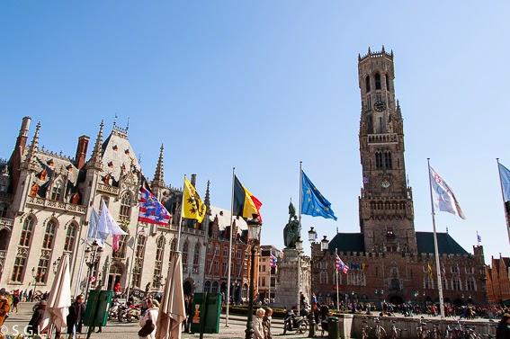 Vista de la Grote Markt en Brujas