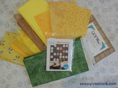 pineapple fabrics for mini curve ruler pattern