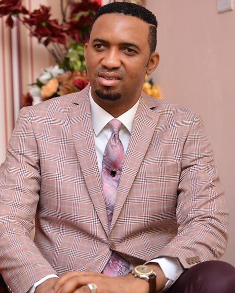 Pastor  Donates N3.5Million To 23 Sick Nollywood Actors