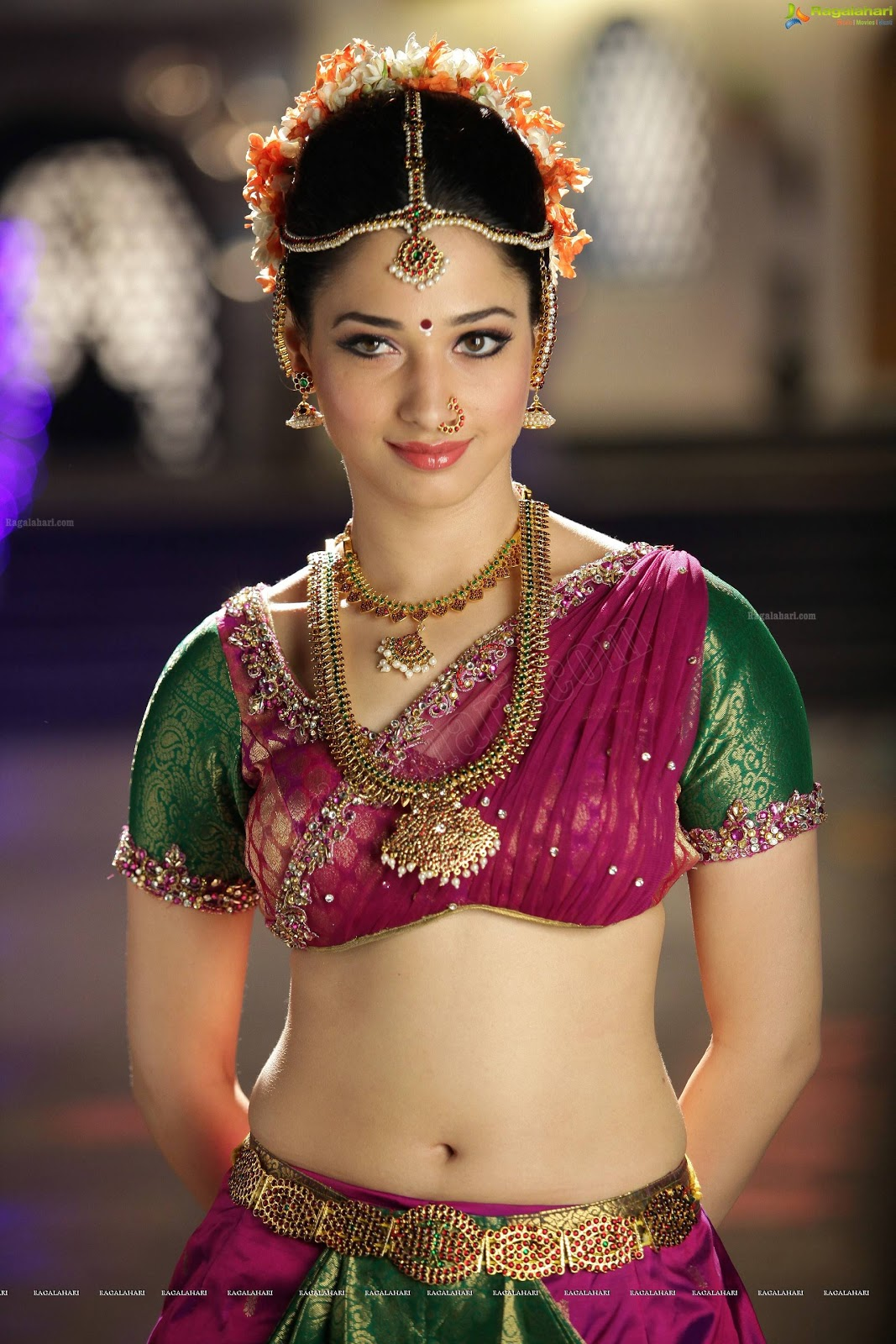 Tamanna Photo Gallery: Tamanna Bhatia Latest Hot Photos