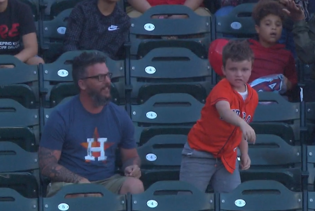 Young Houston Astros fan throws Alex Bregman home run ball back vs Angels 7/18/2019