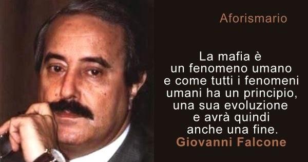 Aforismario mafia frasi e citazioni sui mafiosi for Cosa mettere sulla madia