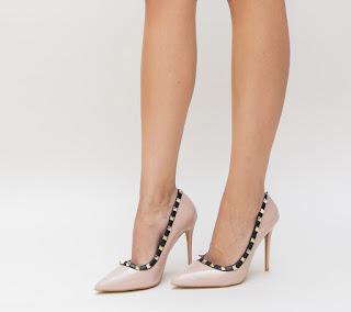 pantofi eleganti de ocazii nude piele lacuita cu toc inalt