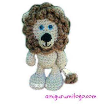 beige and brown crochet  lion