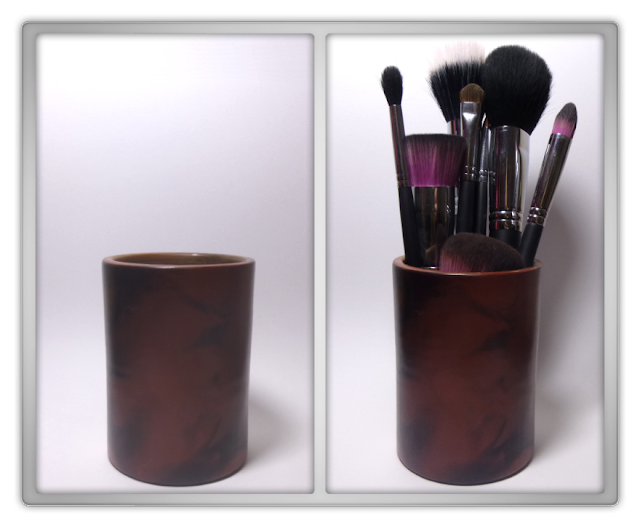 Make up brushes cup sedona lace