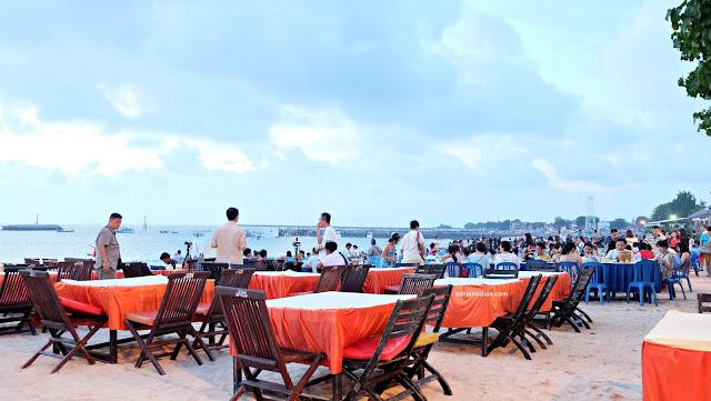 Tur Cokelat Bali Nikmatnya Cokelat Frisian Flag - Sunset Dinner Jimbaran Bay Seafood