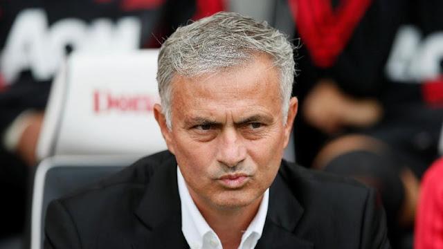 https://www.liga365.news/2018/08/jose-mourinho-diminta-tetapkan-dua-bek.html