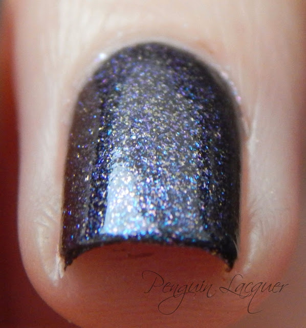 kiko nail lacquer 524 blue multicolour zweites makro