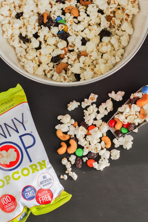 This Sweet and Salty Popcorn Snack Mix is perfect for lunchboxes or as an after school treat!