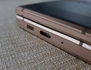 Samsung W2019 Clone Snapdragon 845 6GB RAM 128GB ROM 4G LTE Flip