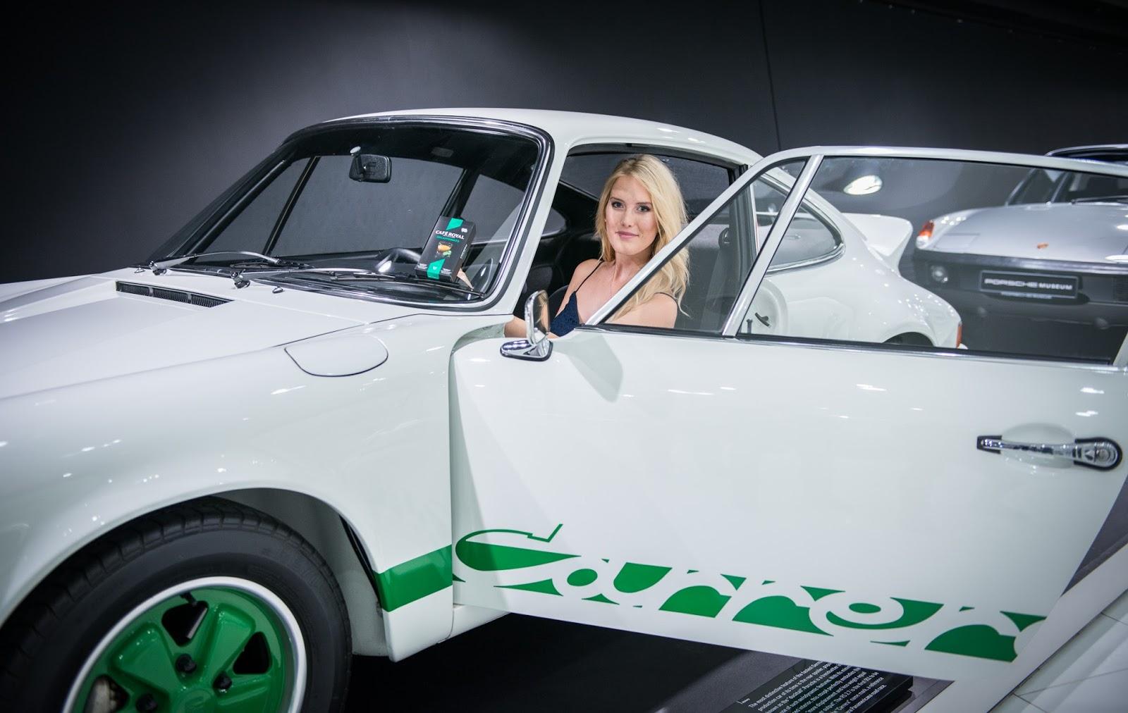 Porsche Museum silber Fifties 50s Midi Rock Carrera weiß grün GBN Trends