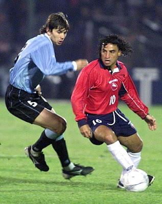 Chile y Uruguay en Clasificatorias a Corea/Japón 2002, 24 de abril de 2001