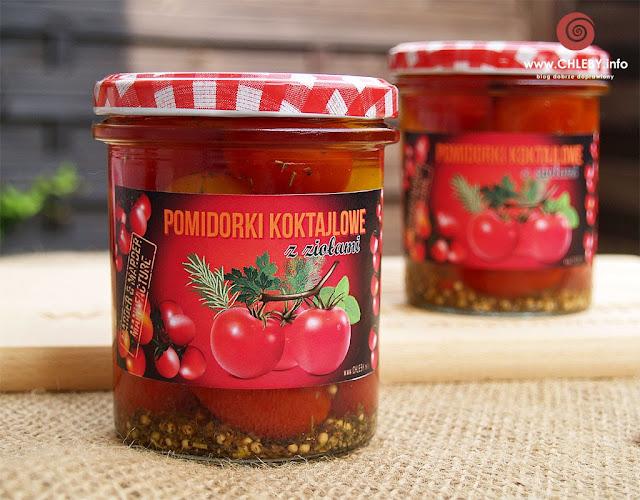Pomidorki koktajlowe z ziołami do słoików na zimę
