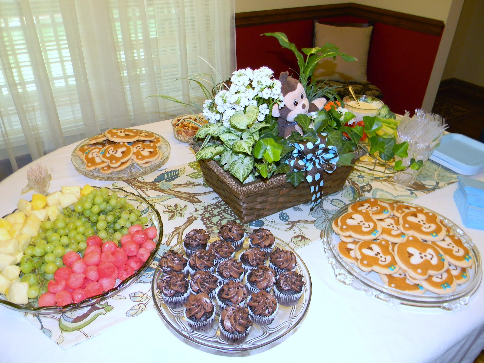 Baby Shower Food Ideas: Baby Shower Finger Food Ideas On A