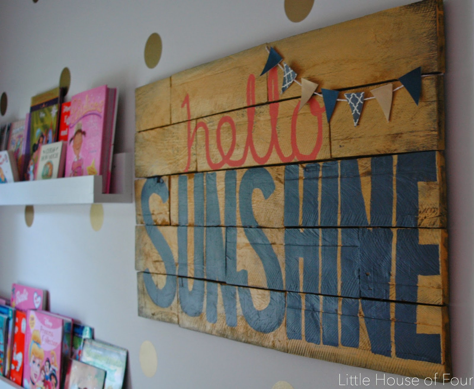 Hello, sunshine pallet sign