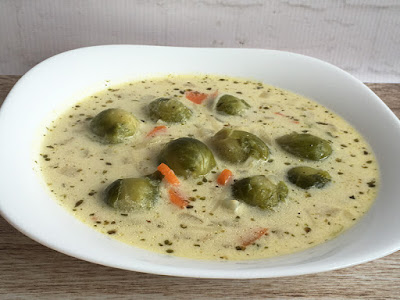 Brukselka w zupie ze śmietaną
