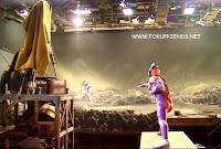 http://2.bp.blogspot.com/-h3GKD2FvGq0/ViPWunm4FkI/AAAAAAAADcE/2eR_UA0ifb4/s1600/Ultraman_tiga_oddissey_backstages_28.jpg
