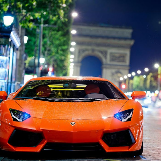 5K Lamborghini Lights Wallpaper Engine
