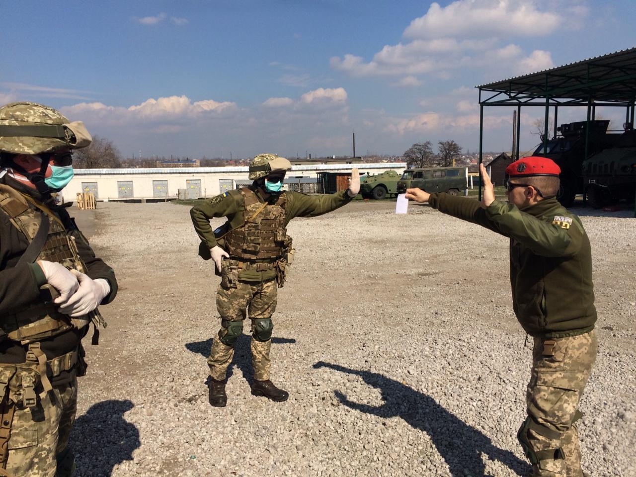 ВСП тренується затримувати заражених військових