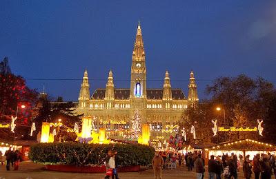 Vienna Ringstrasse Neues Rathaus