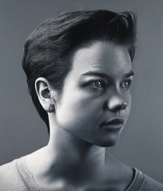 15-Sarah-Charles-Bierk-Hyper-Realistic-Paintings-with-a-lot-of-Meaning-www-designstack-co