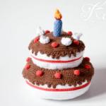 http://krawka.blogspot.com.es/2017/08/birthday-cake-and-hat-and-bowtie.html