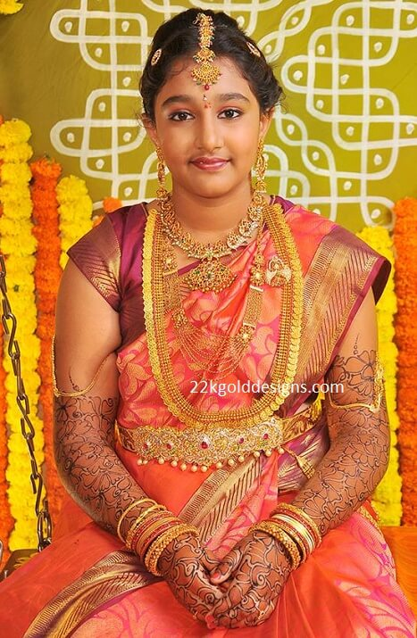 Girl In Complete Gold Jewellery 22kgolddesigns
